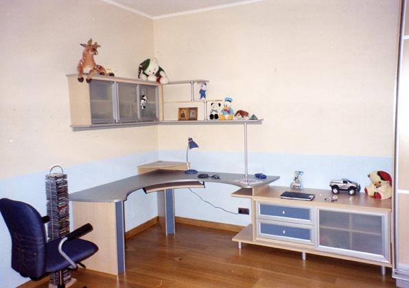 Компьютерный стол с навесными полками дмитрий - kvartirakras.
