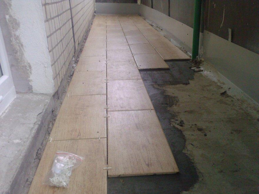 Укладка плитки на балконе александр ю - kvartirakrasivo.ru.
