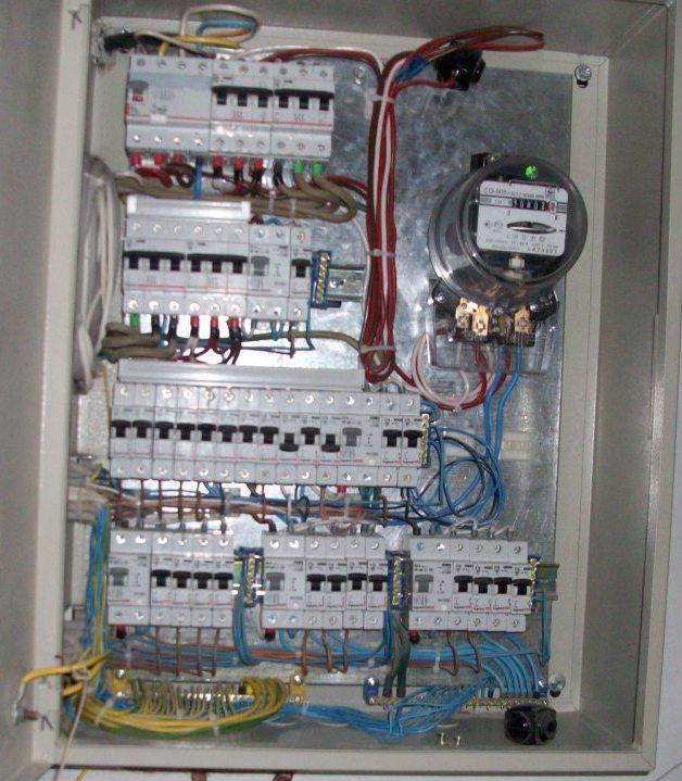 Сборка 3-х фазного электрощита своими руками видео